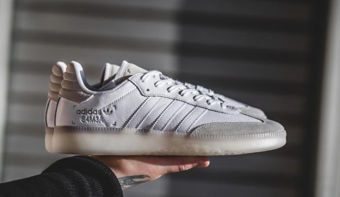 Devuelve el flow a tu outfit con estas sneakers clásicas.