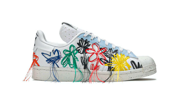 sneakers laced
