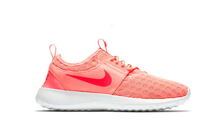 5-Sneakers-rebajadas-solo-para-chicas-nike-juvenate-coral