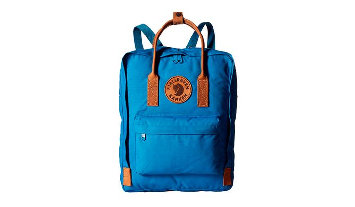 7-bolsos-de-mano-para-la-vuelta-al-tajo-fjallraven-kanken-blue-leather