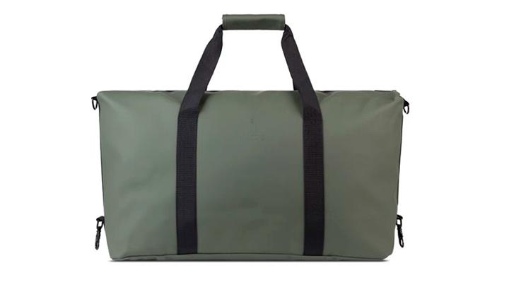 7-bolsos-de-mano-para-la-vuelta-al-tajo-rains-duffle-bag