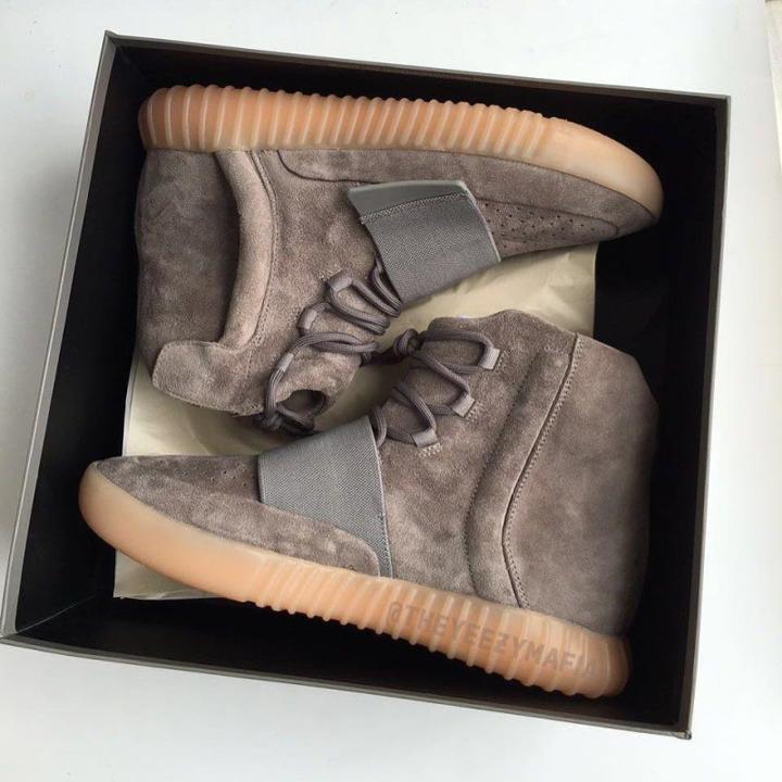 adidas-yeezy-boost-750-light-brown-a-la-venta-en-unos-dias-a