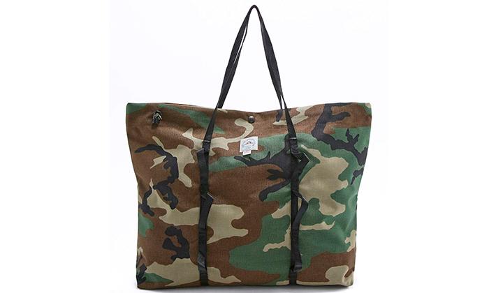backseries-ropa-estampado-camo-bolsa