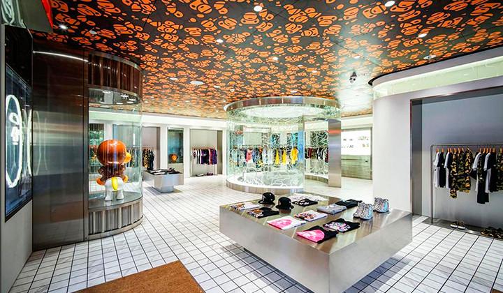 BAPE abre tienda en Disneyland Shanghai