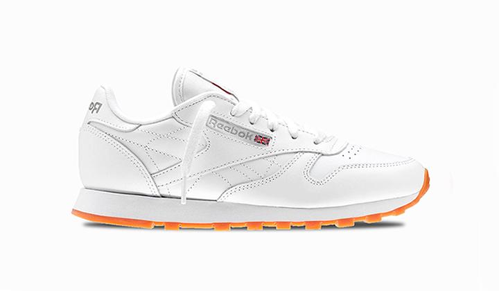 con-estas-10-sneakers-retro-tu-dinero-esta-bien-invertido-reebok-classic-leather-white-gum