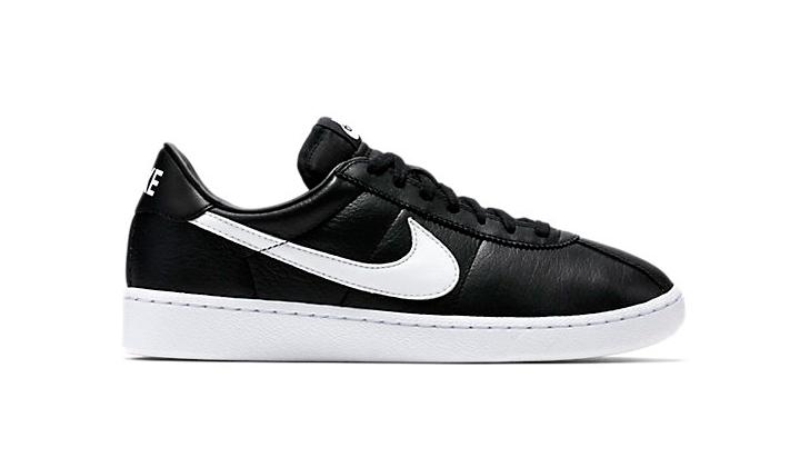 Estas-5-Sneakers-rebajadas-son-una-buena-opcion-para-este-verano-nike-bruin-leather