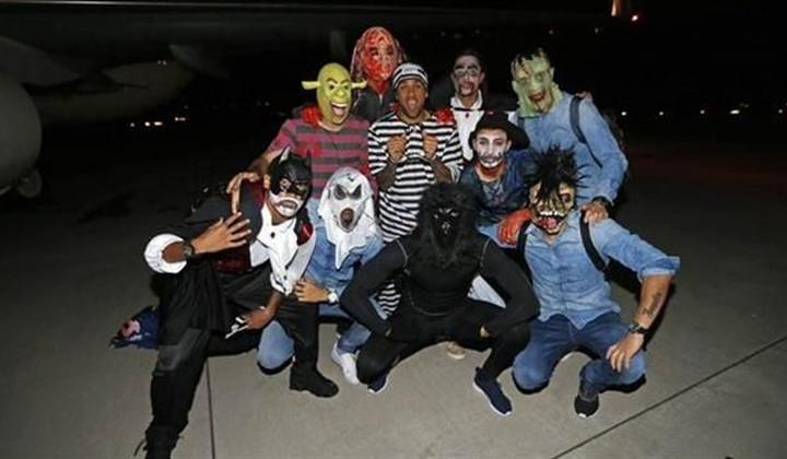 Jugadores del Barsa la lían disfrazados de Halloween
