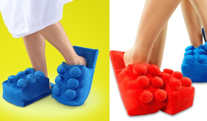 Lego-crea-unas-slippers-para-pisar-sus-ladrillos-2