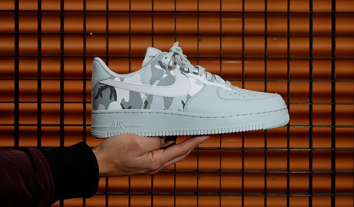 Nike-Air-Force-1-07-LV8-Platinium-Camo-onhand