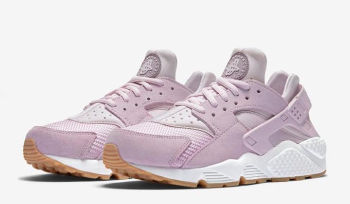 """Nike Air Huarache """"Easter"""" Pack"""
