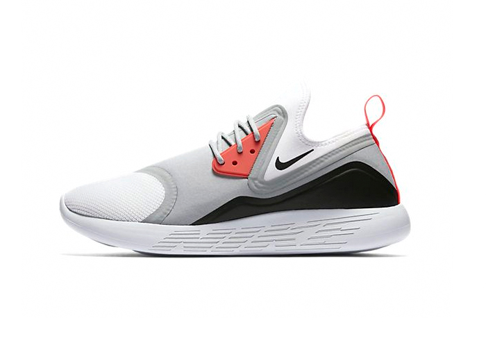 "Nike LunarCharge Essential ""Infrared"""