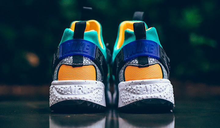 Nike-air-huarache-safari-emerald-gold-backseries-5