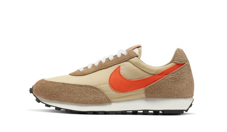 Nike-daybreak-sp-vegas-gold-BV7725_700