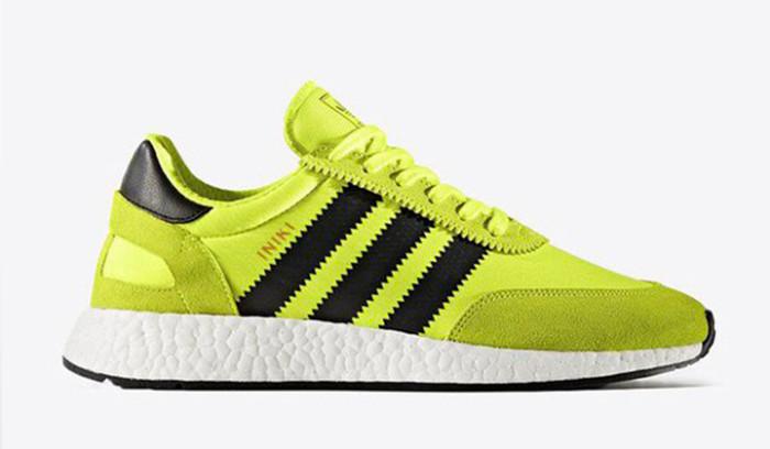 Nuevos colores de las Adidas Iniki