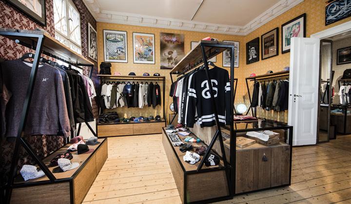 Overkill-la-mejor-tienda-de-sneakers-en-berlin-ropa