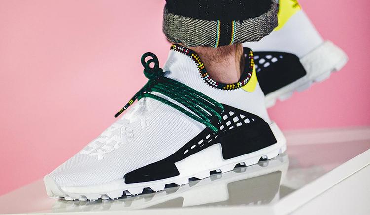 Pharrell-adidas-NMD-Hu-Clear-Sky-Blue-EE7581-Inspiration-Pack-comprar