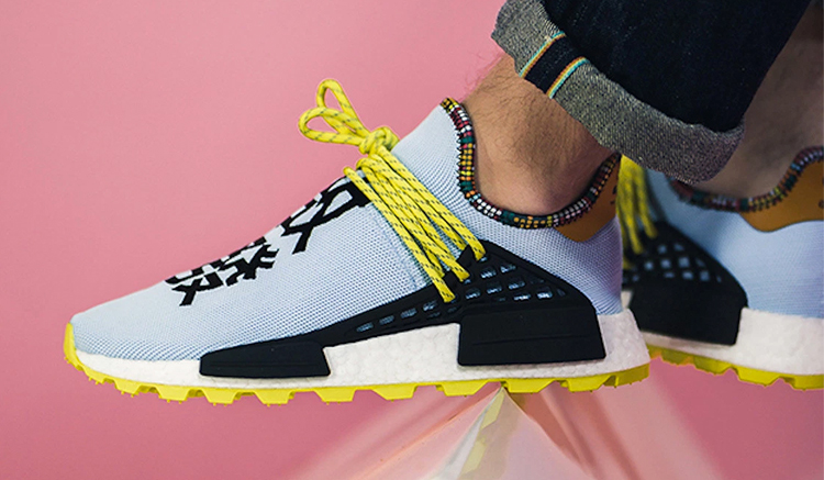 Pharrell-adidas-NMD-Hu-Clear-Sky-Blue-EE7583-Inspiration-Pack-comprar-EE7582