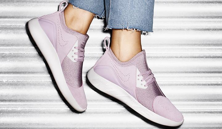 sneakers-nike-lunarcharge-violet-pink