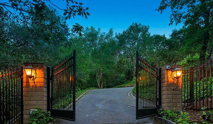 Steph Curry vende su casa y nos hemos pasado a verla…