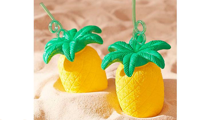Summer-Essentials-20-productos-para-este-Agosto-bebidas-pina