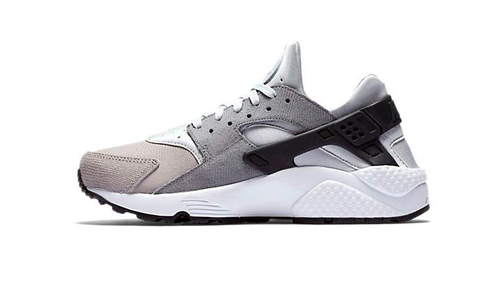 top-10-sneakers-black-friday-ofertas-y-nuevos-lanzamientos-huarache-grey