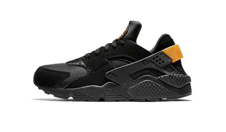 top-10-sneakers-black-friday-ofertas-y-nuevos-lanzamientos-nike-huarache-black-gold