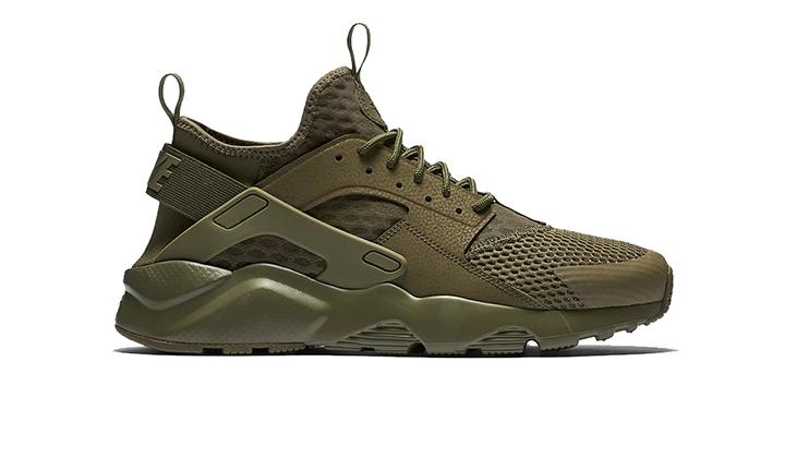 Top-10-Sneakers-perfectas-para-este-Verano-Nike-Huarache-ultra-olive-brutal-zapas