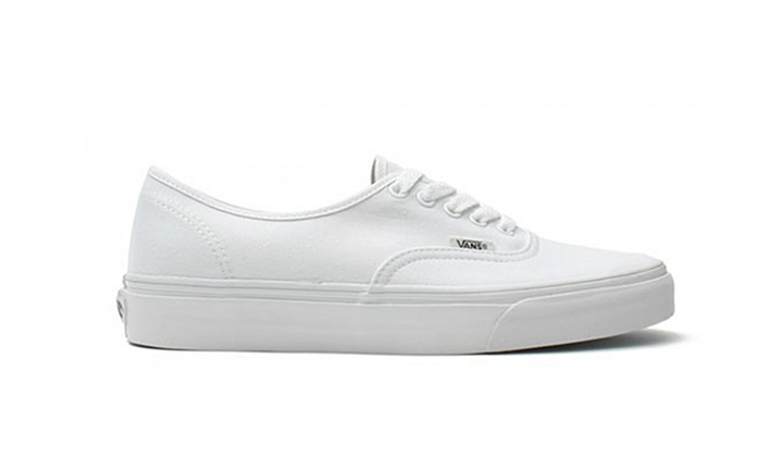 Top-5-White-Sneakers-para-comprarse-ya-vans-authenticwhite