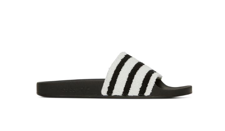 adidas-adilette-mejores-sneakers-rebajadas-backseries
