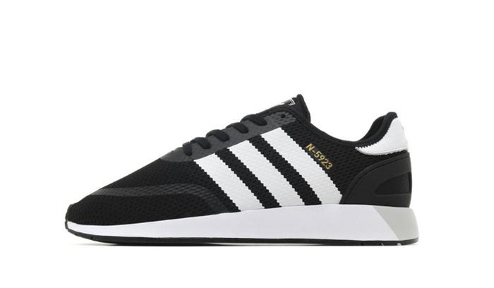 hacer un pedido guapo entrega rápida 10 Top Sneakers por menos de 100 € - Backseries