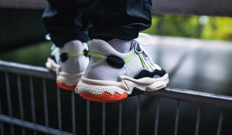 adidas-ozweego-x-model-pack-era-on-feet-2-313592