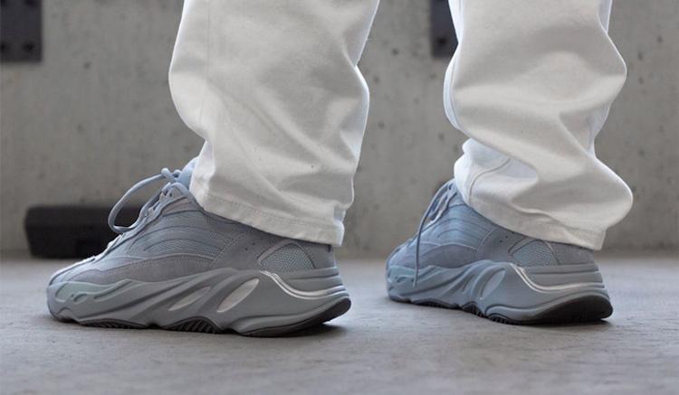 adidas yeezy boost 700 v2 hospital blue Fv8424