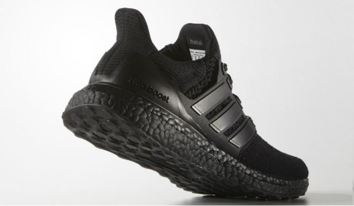 adidas_ultra_boost_triple_black_e