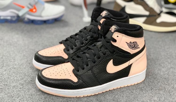 air-jordan-1-hyper-pink-555088-081