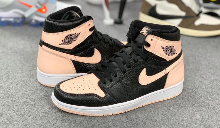 air-jordan-1-hyper-pink-drop-555088-081