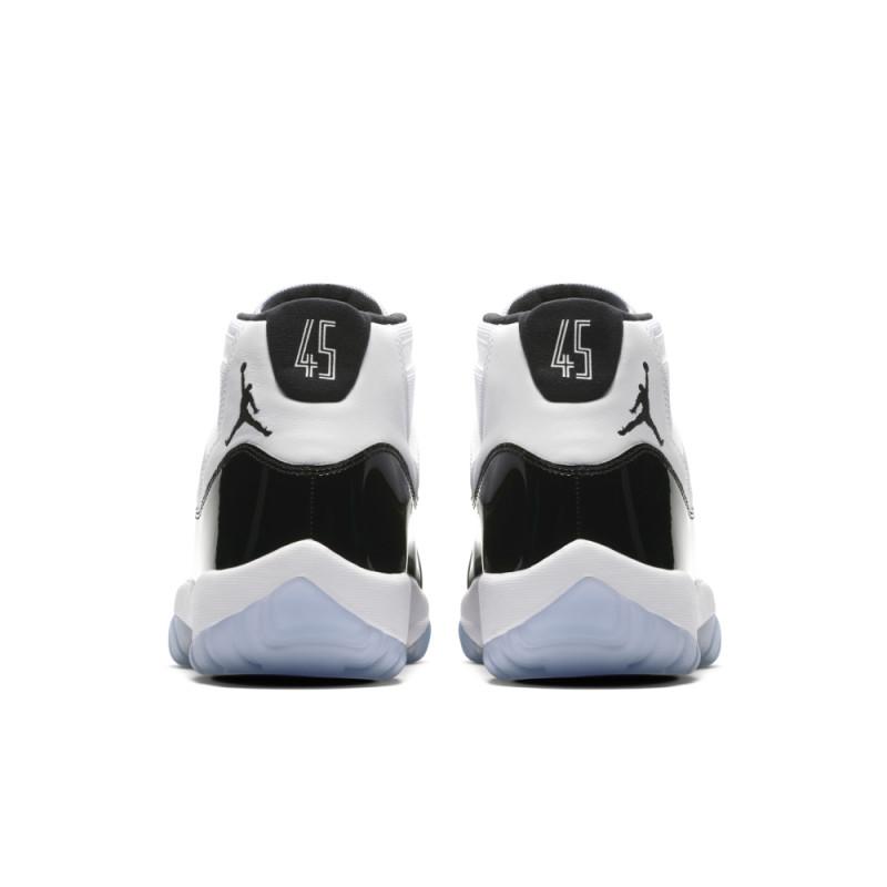 Air Jordan 11 Retro Concord