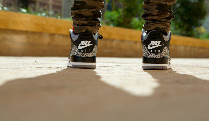 air-jordan-iii-black-cement-logo-trasero