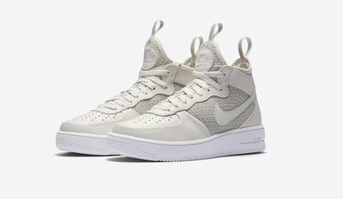 Nike Air Force 1 Ultraforce Mid, una silueta renovada...