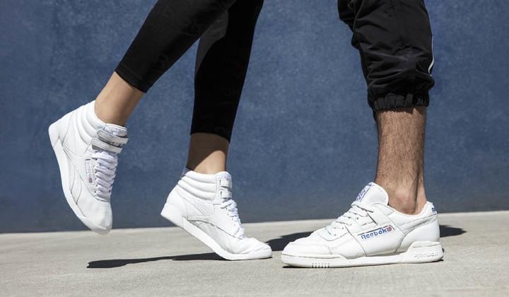 10 sneakers blancas para empezar el año