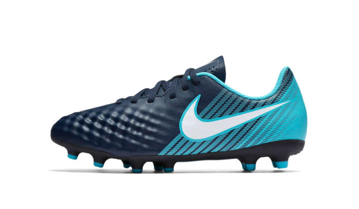 1b0248a559f0c Top 10 botas fútbol niño para regalar en Navidad - Futback