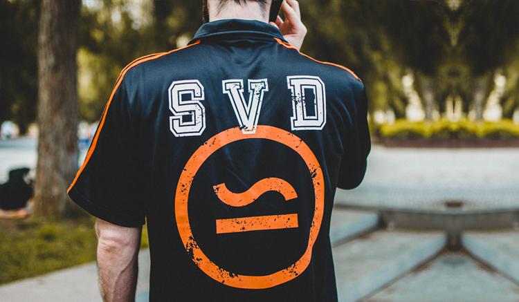 camiseta-naranjito-sivasdescalzo-adidas