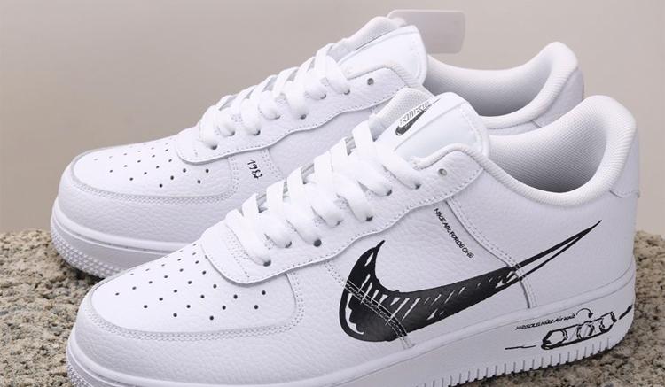 Nike Air Force 1 Sketch CW7581-101
