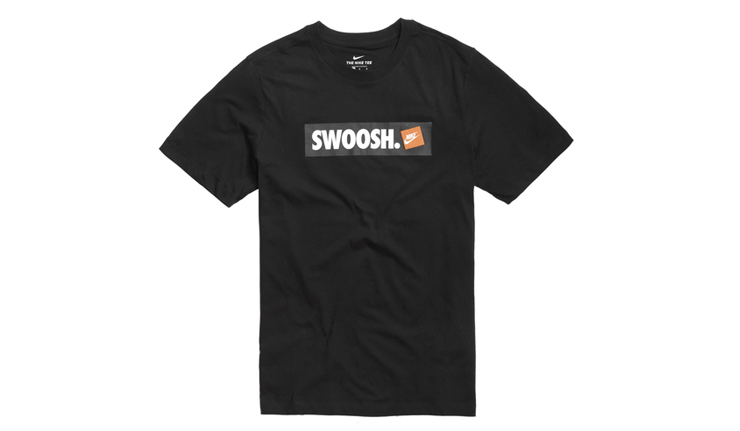 comprar-camiseta-nike-swoosh-negra