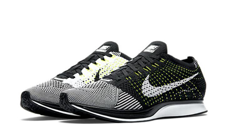 Elige tus nuevas Nike Flyknit Racer volt