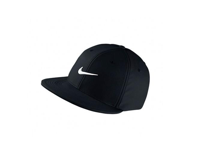 Gorra Nike Fitted Swoosh