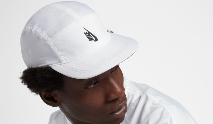 gorra-nike-nrg-aw-84-white-vertical-logo