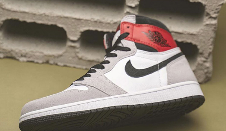 lanzamiento-air-jordan-1-light-smoke-grey-555088-126