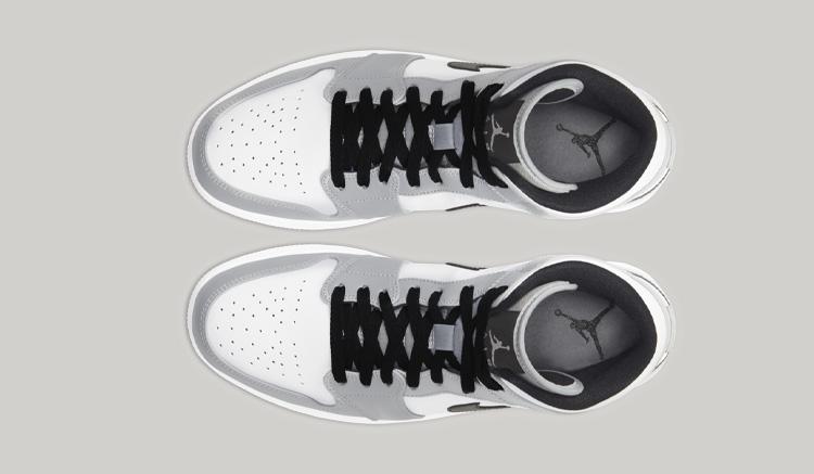Air Jordan 1 Mid Light Smoke Grey 554724-092