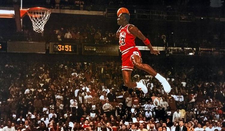 michael-jordan-flying