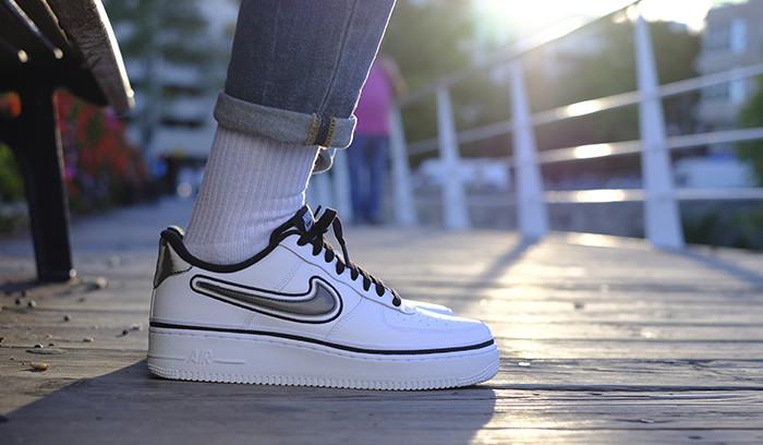 En nuestro poder las Nike Air Force 1 San Antonio Spurs